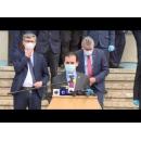 Vizita de lucru a premierului Ludovic Orban, împreună cu vicepremierul Raluca Turcan, ministrul Apărării Naționale, Nicolae-Ionel Ciucă, și ministrul economiei, energiei şi mediului de afaceri, Virgil Popescu, la Uzina Mecanică Cugir